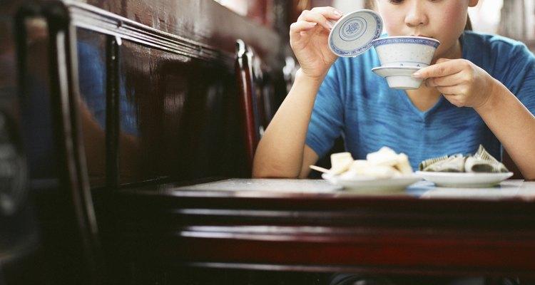 Beber té es una opción saludable de bebidas.