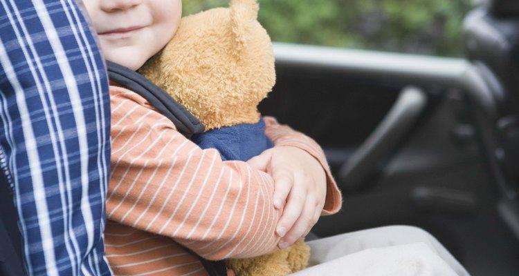 Las actividades planeadas con anticipación mantendrán a tu hijo entretenido en el viaje en auto.