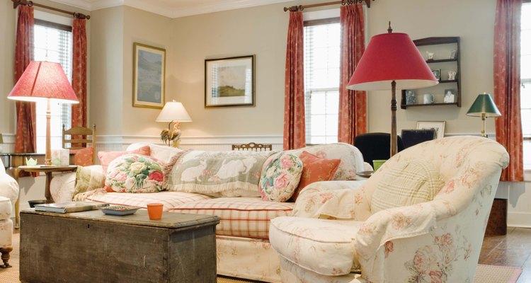 Obtén un plano de la habitación con las dimensiones exactas.