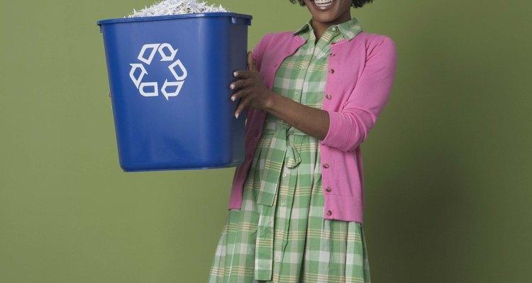 La cantidad de dinero que recibes por el plástico nomalmente depende de su peso.