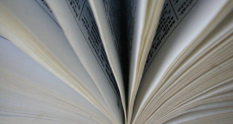 Procure versículos bíblicos semelhantes para ajudar a interpretar seus significados