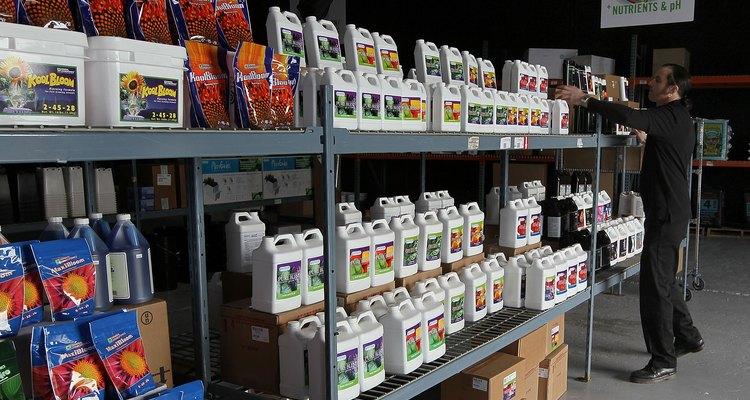Los fertilizantes líquidos pueden venir listos para usar o en forma concentrada.