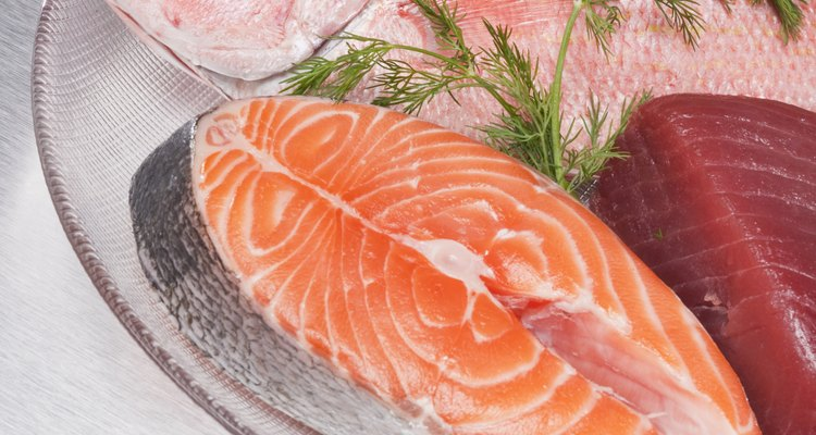 The same rules apply when checking the freshness of all types of fish.