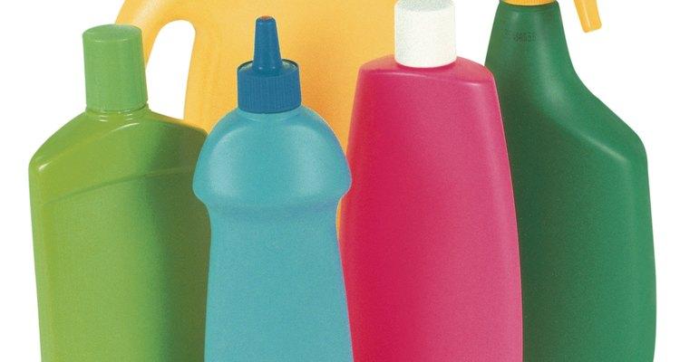 Alguns agentes de limpeza domésticos contêm ácido clorídrico