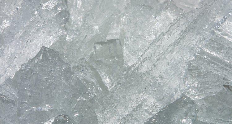 A comida congelada na geladeira pode ser devido a problemas no termômetro