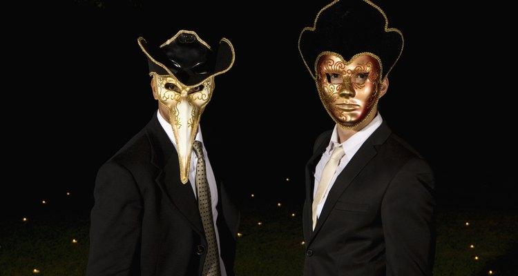 Máscaras com bico uma vez carregaram ervas preventivas contra a peste