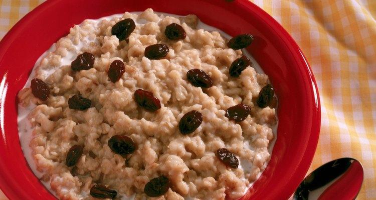 Puedes utilizar la avena tostada en lugar de la avena regular en los cereales del desayuno.
