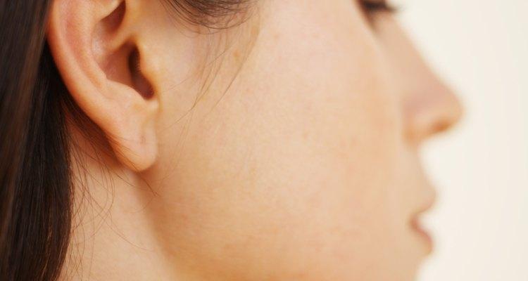 Las orejas recién perforadas son mas susceptibles a las infecciones.