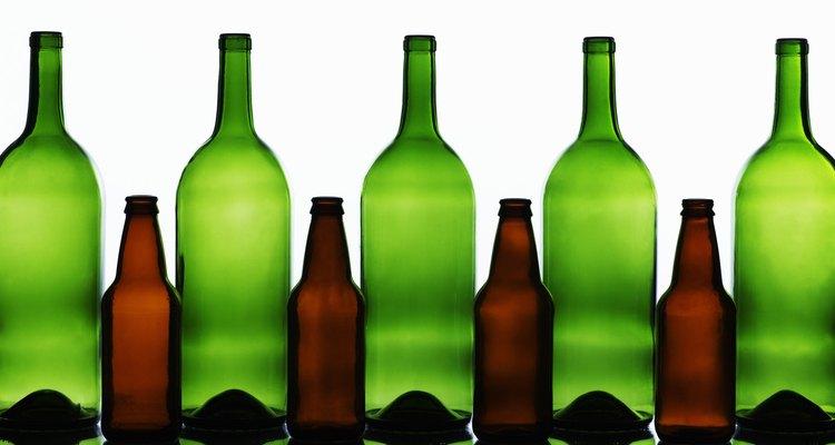 Há vários meios de se tornar expert na criação de utensílios de vidro