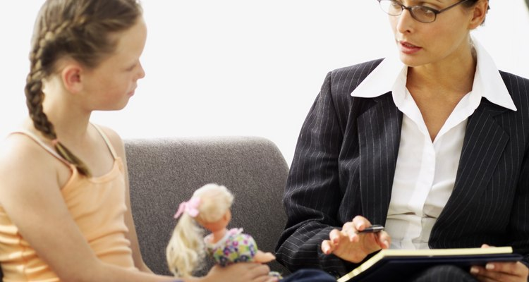 Las conductas anti-sociales en niños deben ser evaluadas por un profesional calificado en salud mental.