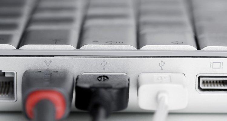 O PSTN que proporciona a infraestrutura de longa distância para as conexões de Internet