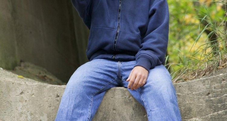 El débil control de los impulsos puede llevar a un adolescente al abuso del alcohol y las drogas.