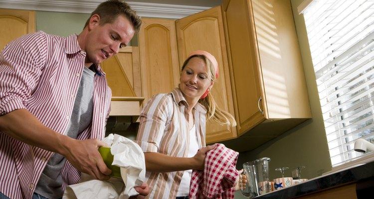 Elimina de tu cocina todo lo que ya no tiene por qué estar ahí.