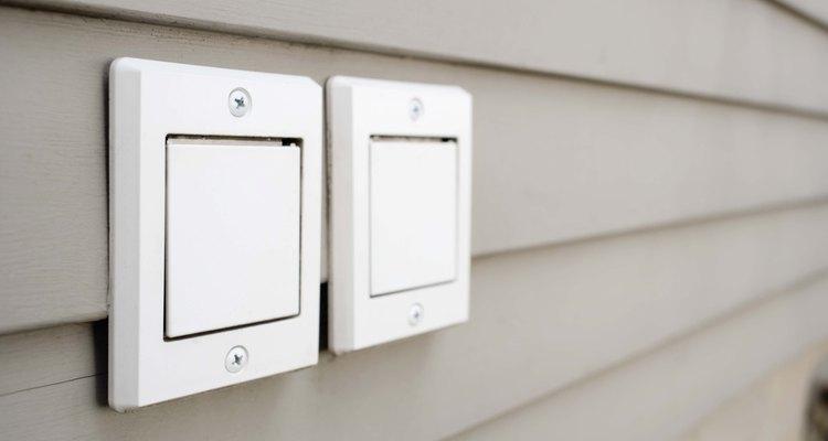 Los interruptores automáticos te permiten temporizar el encendido y apagado una iluminación.