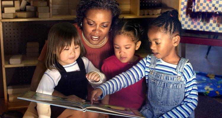 As atividades baseadas nessa rima constroem habilidades de matemática e alfabetização
