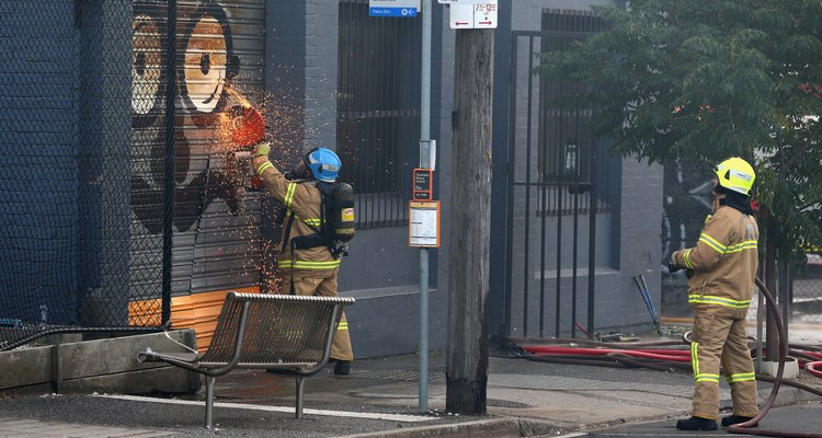Factory Fire Breaks Out In Melbourne
