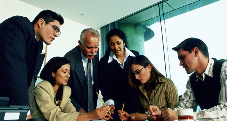 El coordinador de trabajo debe planificar los objetivos de una compañía a corto, mediano y largo plazo.
