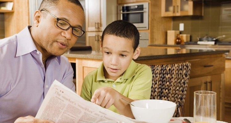 Las revistas y los periódicos, generalmente, ofrecen diferentes contenidos