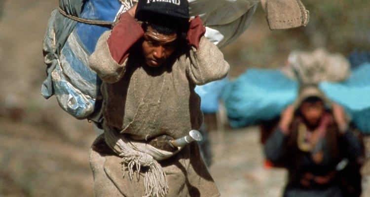 Hay varios tratados sobre minorías étnicas suscritos por México.