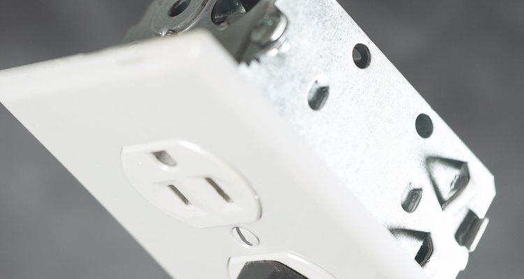 Conecta bien los alambres para un correcto funcionamiento.