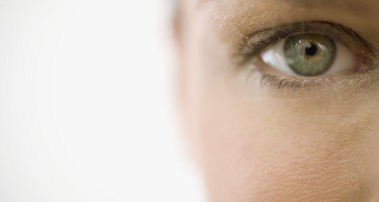 Visão de perto do olho de uma mulher
