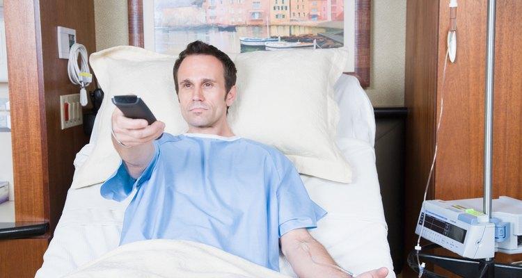 Bons programas de TV ajudam o paciente a evitar o tédio