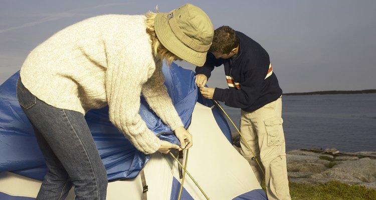La carpa Hillary de dos habitaciones es una excelente opción para acampar de manera casual.