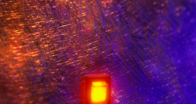 Los interruptores con luz piloto nos dan más información que los comunes.