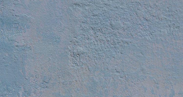 Las grietas se deben reparar tan pronto como sea posible para que no se agranden con el tiempo.