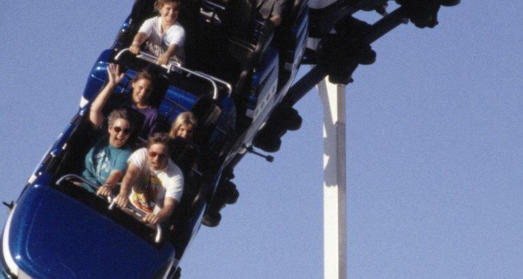Roller Coaster Tycoon é um simulador de parque temático com objetivos