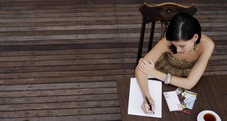 Faça um breve esboço antes de começar a redigir uma carta.