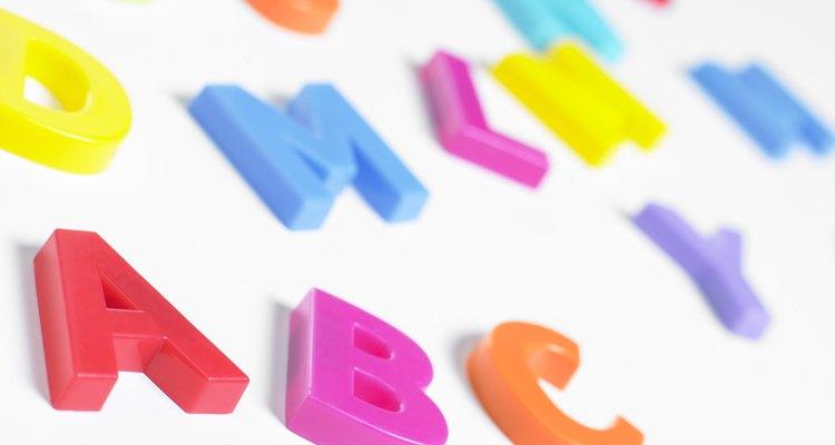O alfabeto latino tem sua origem datada de milhares de anos atrás