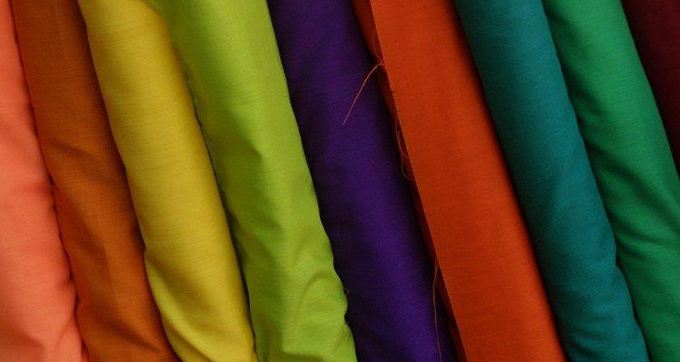 Os rayons se apresentam em cores vibrantes