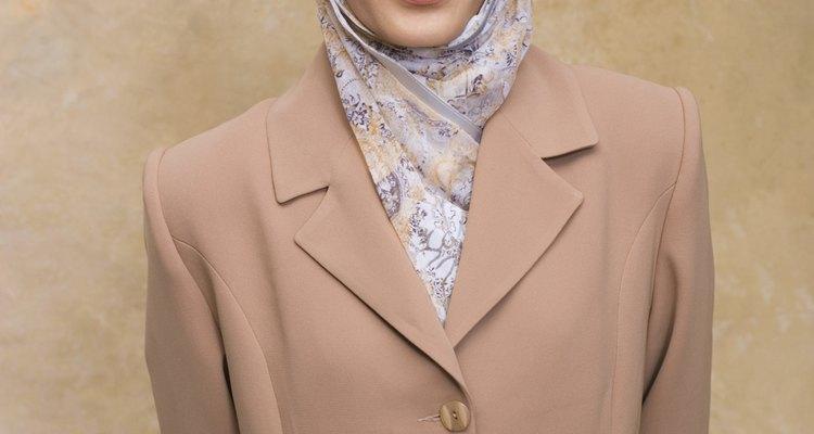 La elección de la vestimenta es un símbolo externo de la identidad, y puede ser influenciada por la cultura.