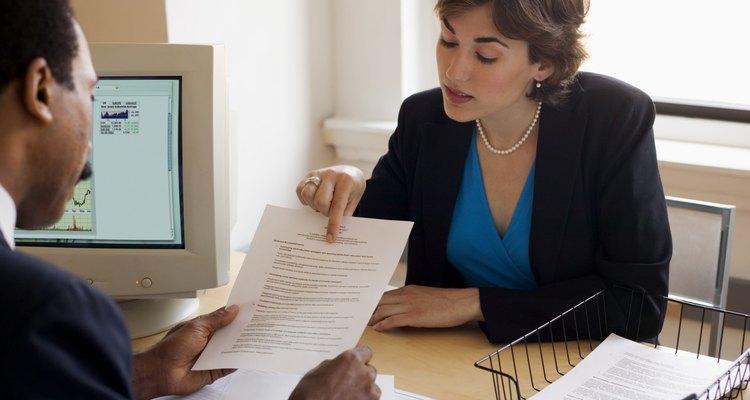 Los empleadores deben mantener registros confidenciales de sus empleados.
