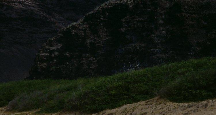 Disfruta un tiempo de playa en Kalapaki Beach en Nawiliwili Bay.