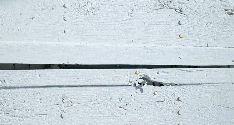 El encalado está basado en cal blanca.