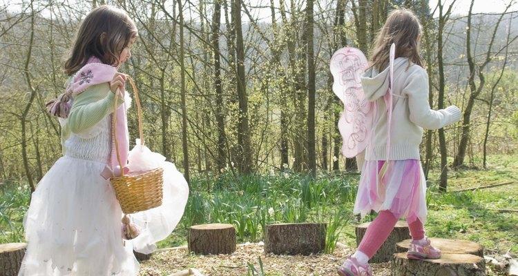 Enseñar a tu hijo acerca de los anillos de árboles podría fomentar un interés por la naturaleza.