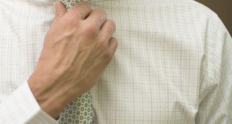Gravatas de zíper ajudam a economizar tempo