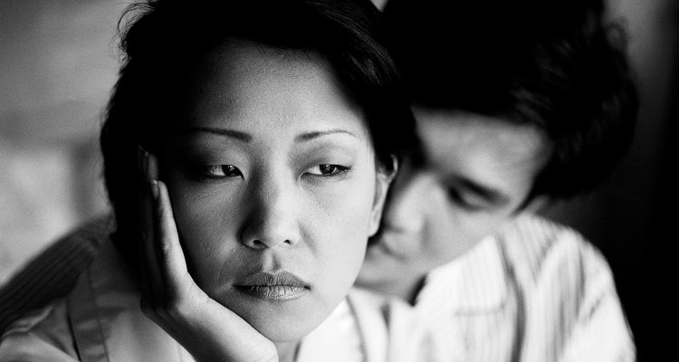 La mayoría de los países permiten que las parejas casadas presenten demandas de divorcio.