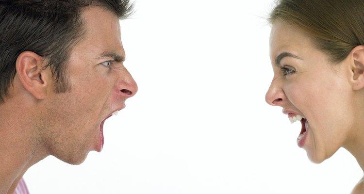 No te involucres en discusiones y gritos al tratar de recuperar tus pertenencias.