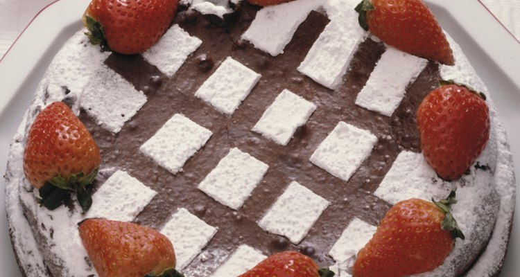 Mejora tu pastel hecho con mezcla de caja.