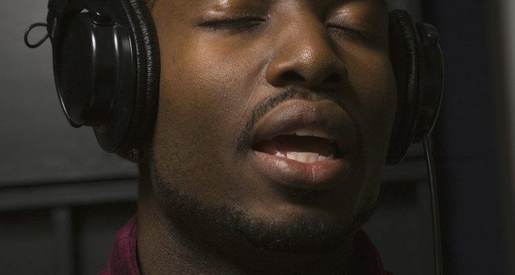 Nota-se no R&B elementos de funk, hip hop e soul