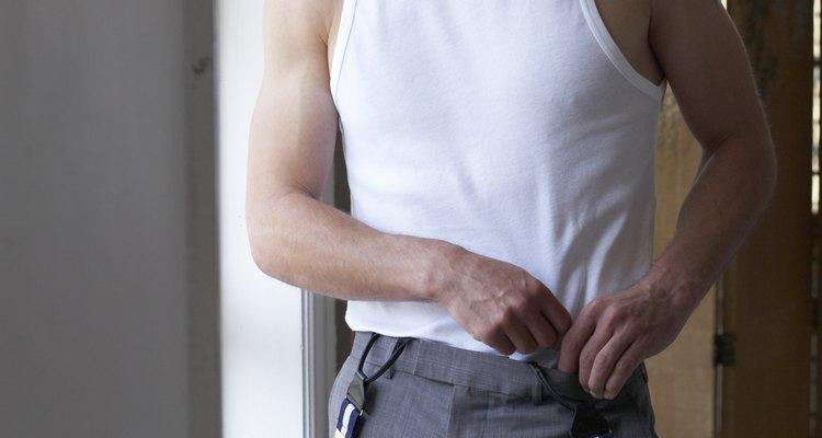 Aprender a prender suspensórios pode ser tão importante quanto dar nó em uma gravata