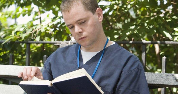 Aprender a terminologia médica requer várias horas de estudo