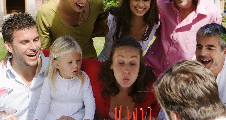 Celebra el cumpleaños de tu hijo fuera de casa.