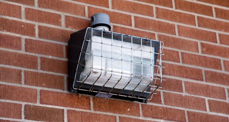 Aprenda como localizar falhas comuns nas lâmpadas a vapor de mercúrio