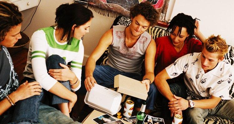 Los estudiantes universitarios pueden comer sano y barato con el presupuesto adecuado.
