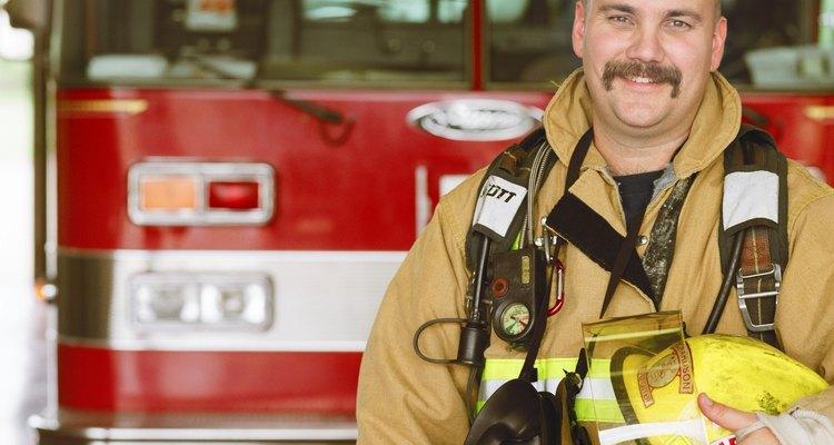 El jefe de bomberos local establece los requisitos para las puertas cortafuegos.