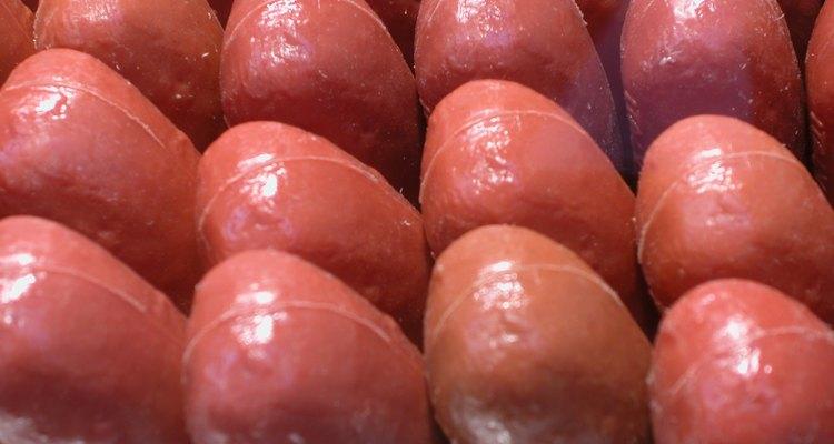 Aprende a cocinar perros calientes de seis formas distintas para cuando tengas poco tiempo o poco dinero.